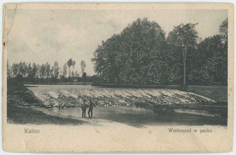 Wodospad w parku, Kalisz