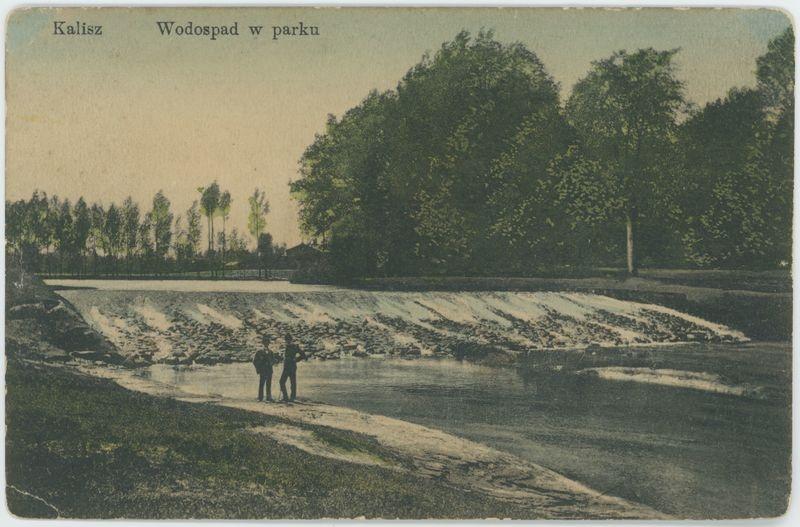 Kalisz Wodospad w parku