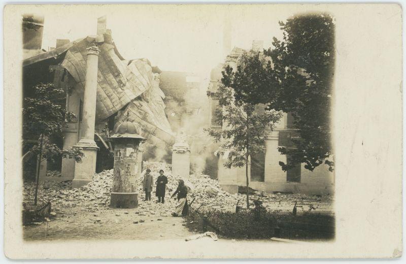 Zburzony budynek