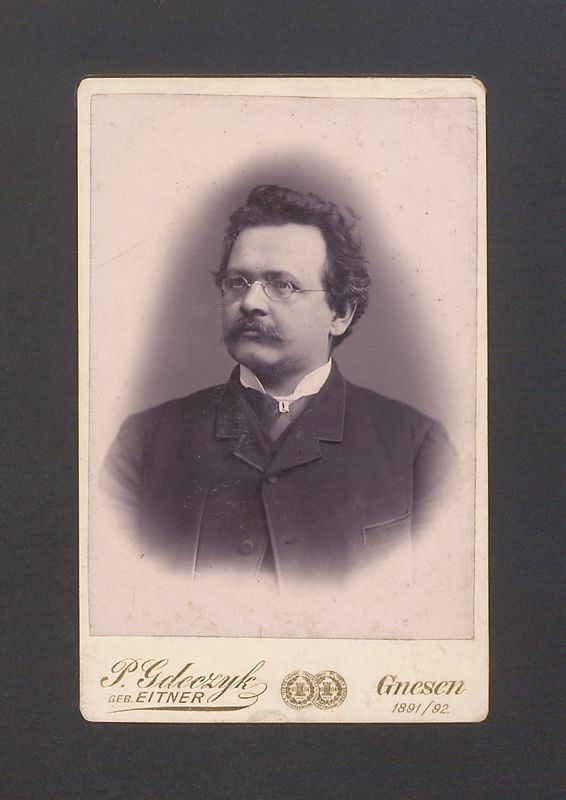 Romuald Lange (1852-1892), drukarz i księgarz.